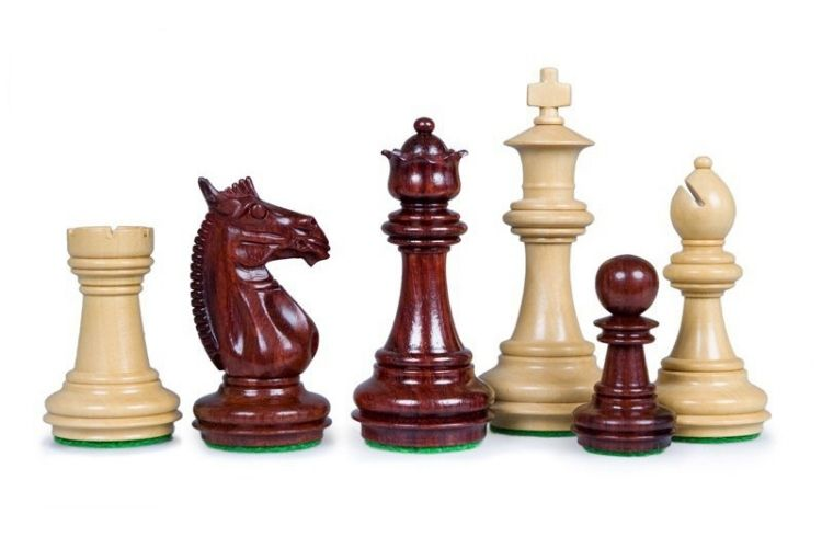pièces d'échecs Staunton
